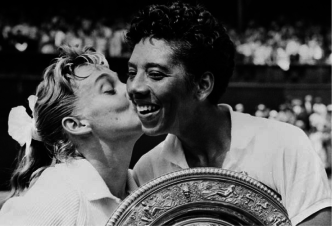 Image credit:http://www.chicagonow.com/token-female/2012/07/the-williams-sisters-and-wimbledons-first-african-american-star/