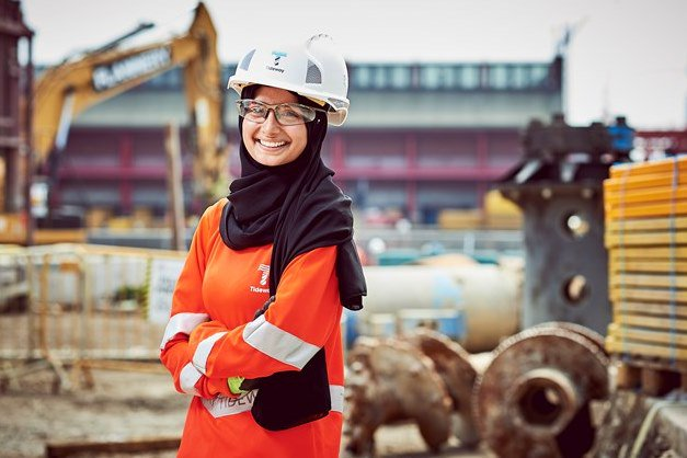 Construction Worker Leena Begum Designs Hijab & Burka Friendly PPE Clothing