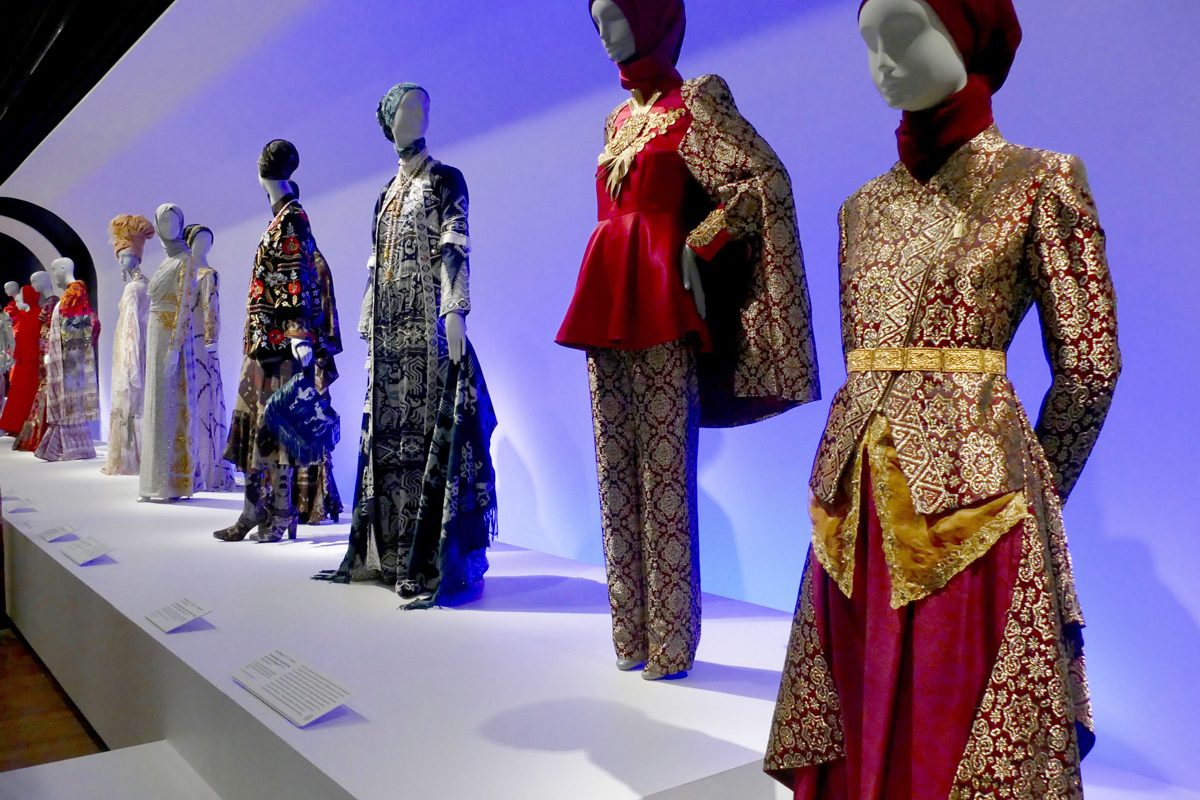 New Exhibition Charts The Rise Of Contemporary Muslim Fashion